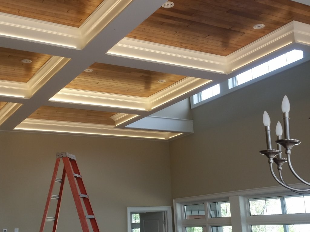 Ceiling cove lighting